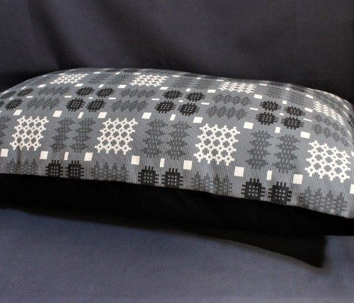 Welsh Tapestry Print Dog Bed