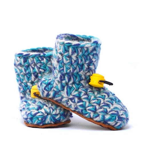 Baby Blues Wool Baby Booties_with toggle_Kingdom of Wow!